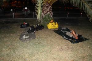 Die erste Nacht unter Palmen direkt am Meer!